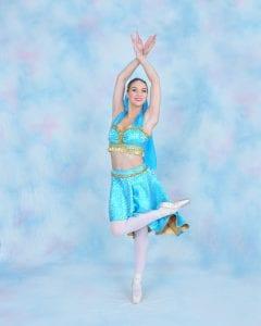 Princess Jasmine dancer